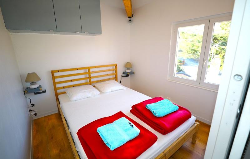 Clair De Lune: Apartment mit Meerblick - Schlafzimmer