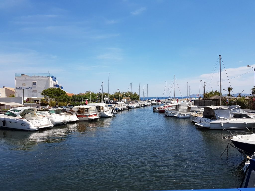 Clair De Lune : Port Ayguade Giens Hyeres Camping
