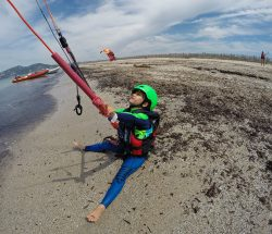 Clair De Lune : Act Img Kitesurf Enfant Camping International
