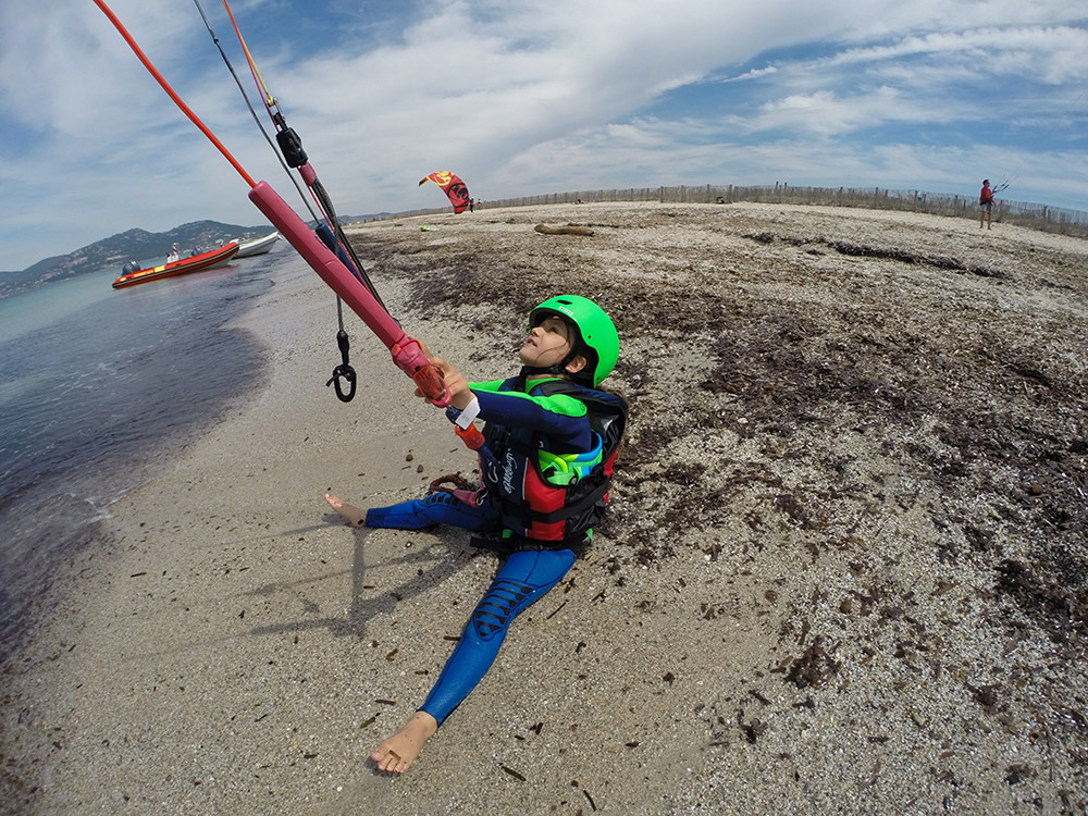 Clair De Lune: Act Img Kitesurf kinderen Camping International