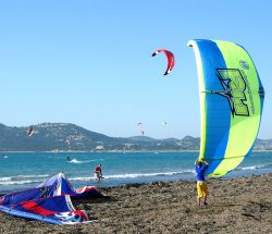 Clair De Lune : Act Kitesurf Kgg Camping International