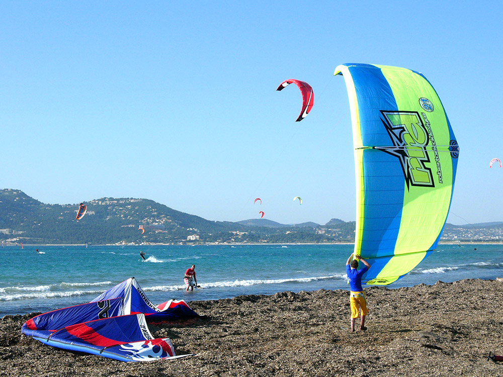 Clair De Lune: Act Kitesurfen Kgg Campingplatz International